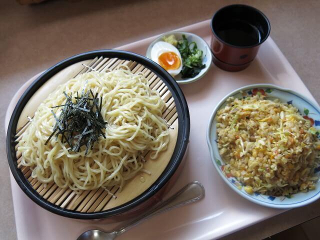 美味しんぼ山岡 たいやきくんざる麺