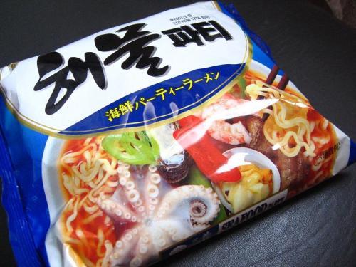 三養食品 海鮮パーティーラーメン