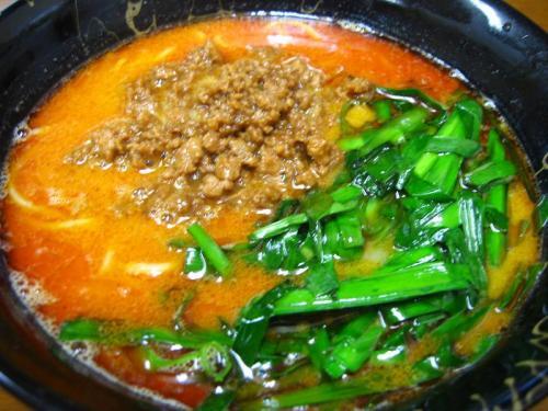 中華そば楽 担々麺(タンタン麺)