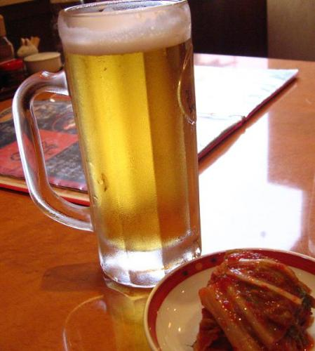 焼肉大門 生ビールとキムチ