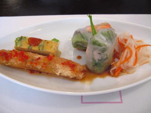 ベトナム料理・XUAN(スアン) ロータスランチ 前菜