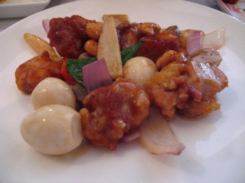 ベトナム料理・XUAN(スアン) ロータスランチ 四万十鶏とウ卵の炒め