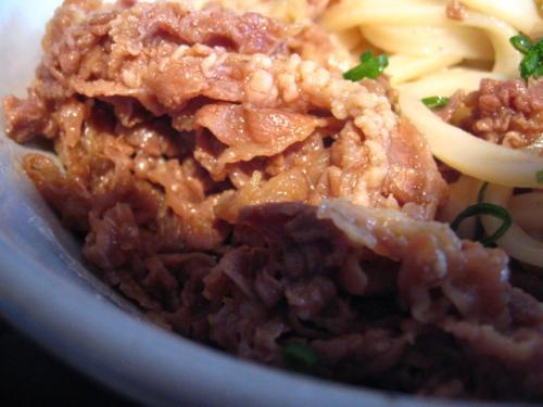 麺鄙屋 肉ぶっかけ(大盛) 肉アップ