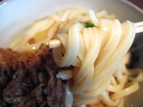 麺鄙屋 肉ぶっかけ 麺アップ