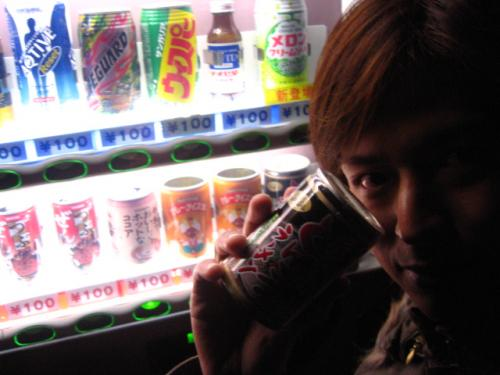 ラーメン缶を売っていた自販機5