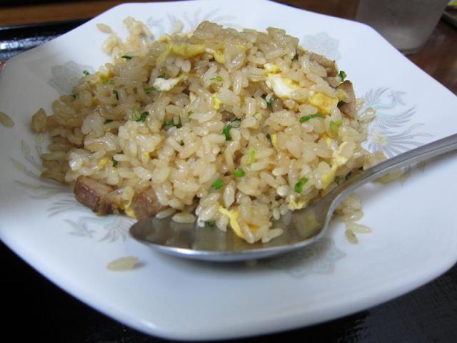 こってり味噌ラーメン 鈴木食堂 半チャーハン