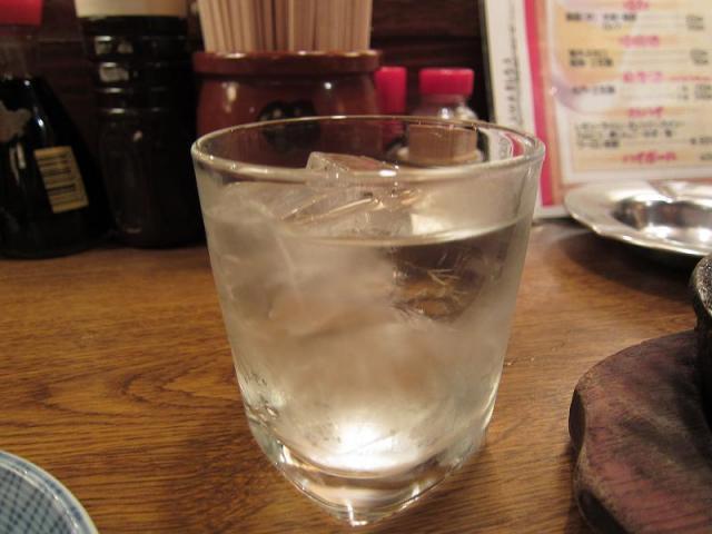 居酒屋赤たぬき 麦焼酎ロック!