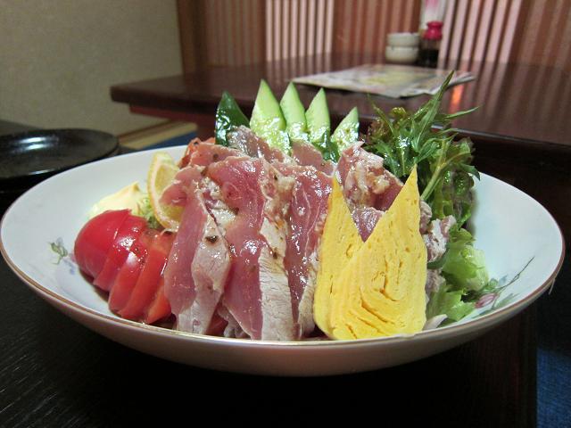 晶栄寿司 鮪サラダ!