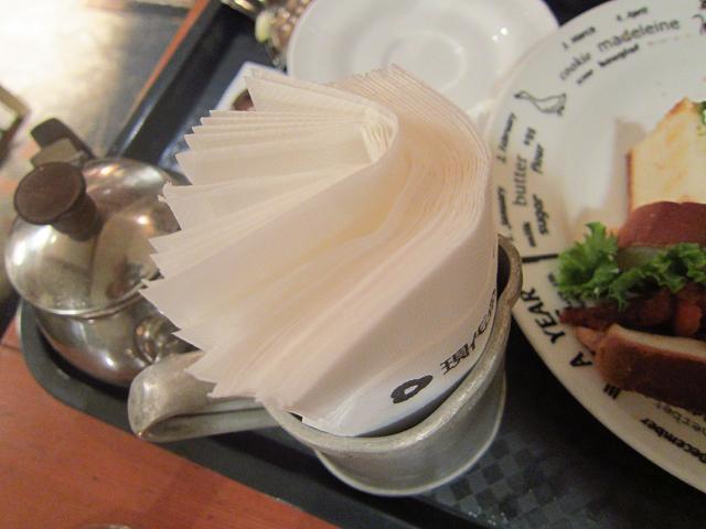 COFFEE CAKE FAUST(喫茶ファウスト) 紙ナプキンいっぱい!