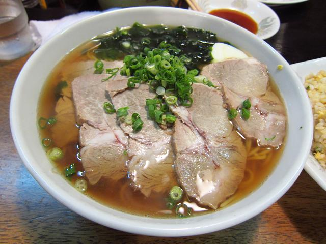 中華飯店とら チャーシュー麺(大盛)