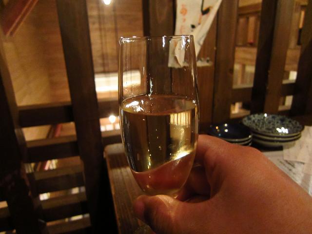 酒場堀川 スパークリングワイン!白!