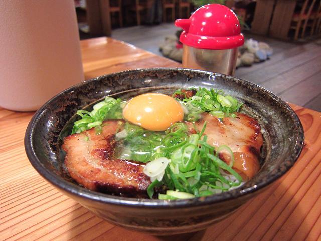 りょう花南国店 焼豚丼