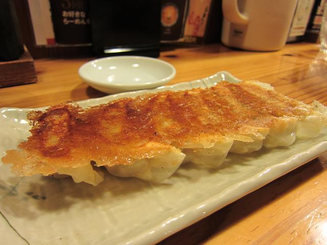 りょう花南国店 餃子
