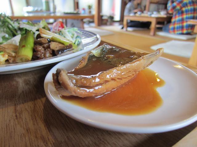 多国籍料理SO-AN サバの味噌煮?