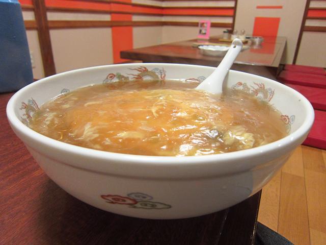 鳳龍菜館 天津ら~麺 サイドビュー