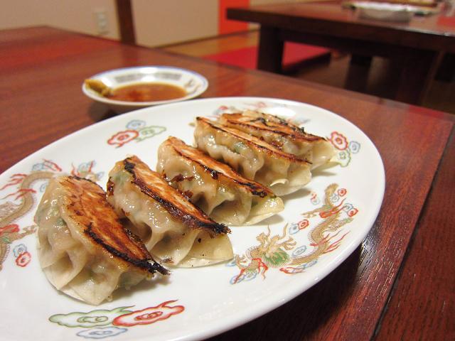 鳳龍菜館 餃子