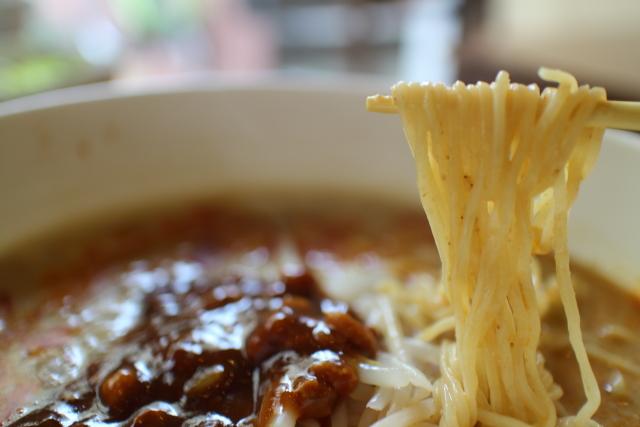 長江・担々麺5