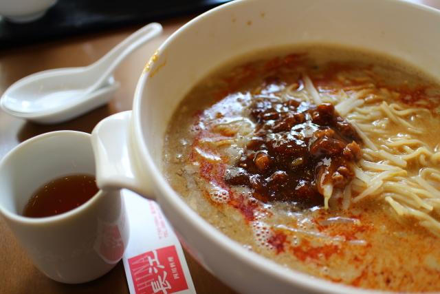 長江・担々麺6