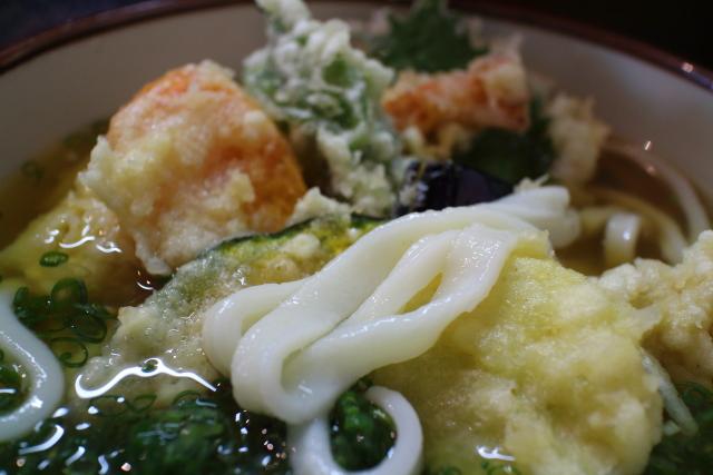 麺房まつみ・冷かけ天ぷらうどん6