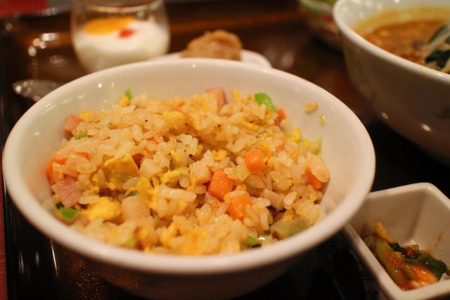 新阪急マンダリンコート・担々麺3
