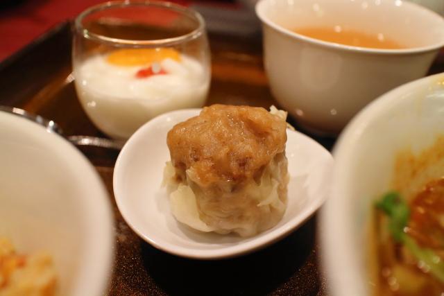 新阪急マンダリンコート・担々麺7