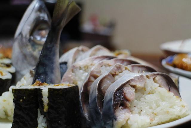 寺尾鮮魚店サバ寿司5
