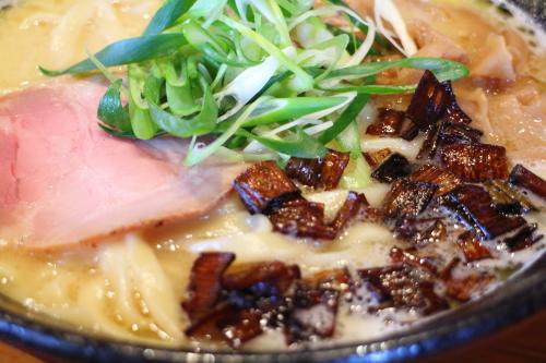 麺sHouse繋・白湯ラーメン5