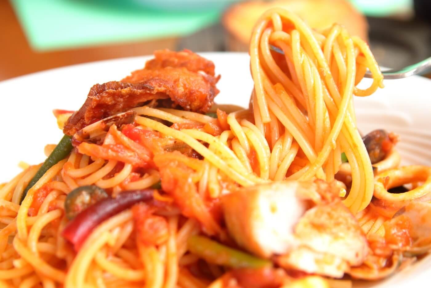 南国市浜改田 ナポリの風 金目鯛と旬野菜のシーフードパスタ
