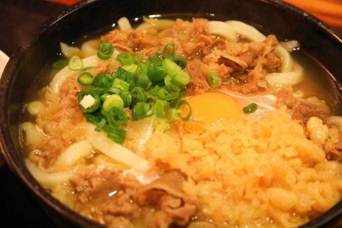 あけぼの街道沿いのうどん「さかえ」極太麺が生み出す、強いコシ!