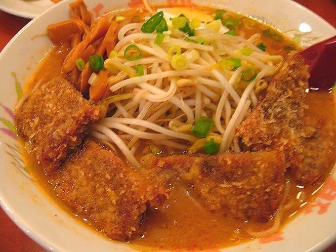 「ラーメンの豚太郎 南国バイパス店」味噌カツラーメン(大盛)
