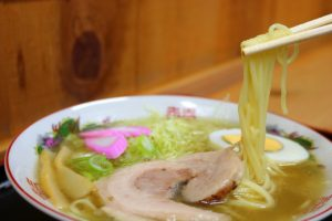 佐川・吉本牛乳「地乳」ぢちち使用「ミルク担々うどん」の簡単レシピ