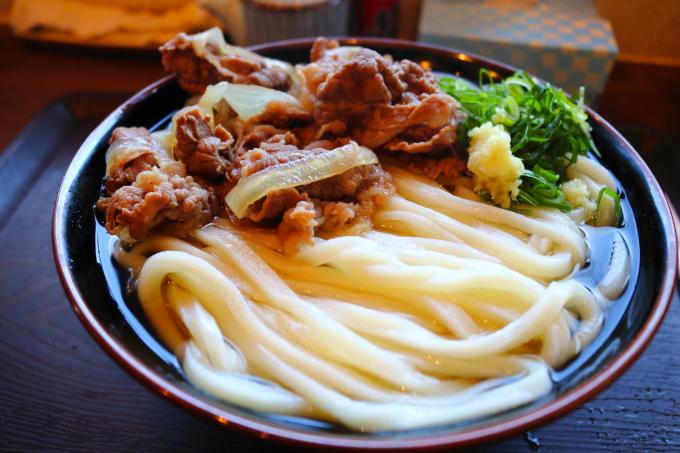 高知市横浜「よがなうどん」肉うどん