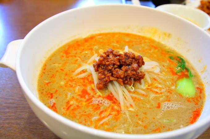 チャイナ長江 担々麺