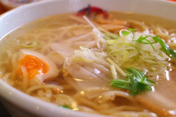 地産地消ラーメン「まる家」高知・春野!土佐ジロー使用の極上スープ