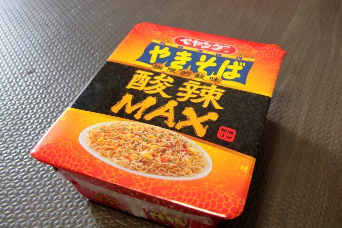 サンラータン味のペヤング「酸辣MAXやきそば」は、おいしい?