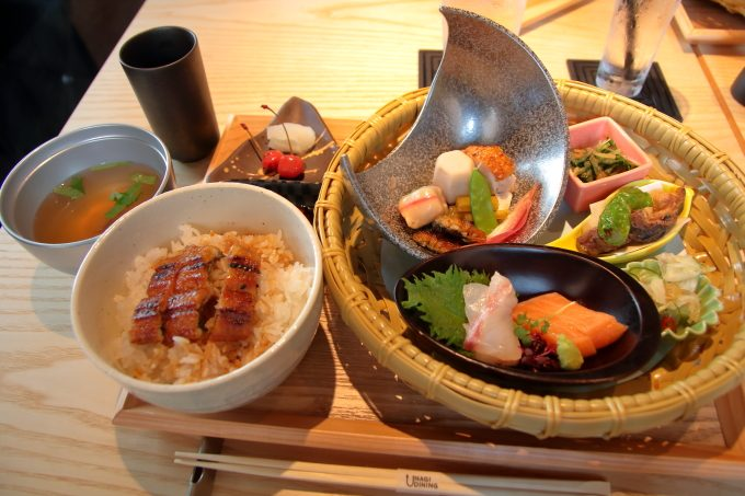うなぎ料理「うなぎダイニングという、選択。」高知市桜井町でランチ