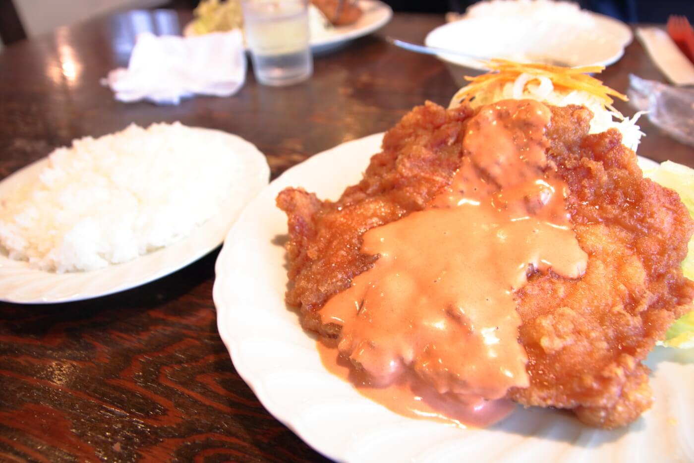 高知市の鶏料理屋さん 鳥心 名物のチキンナンバン