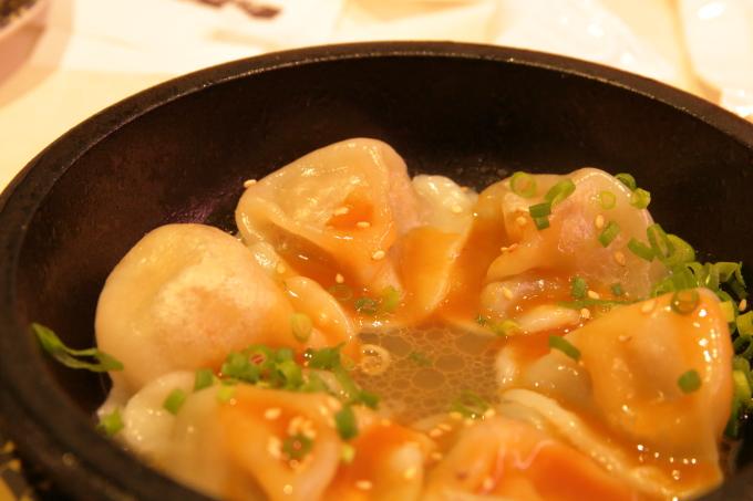 はま寿司・2017年10月5日からの期間限定フェアメニュー・ごま香るモチモチ水餃子のアップ