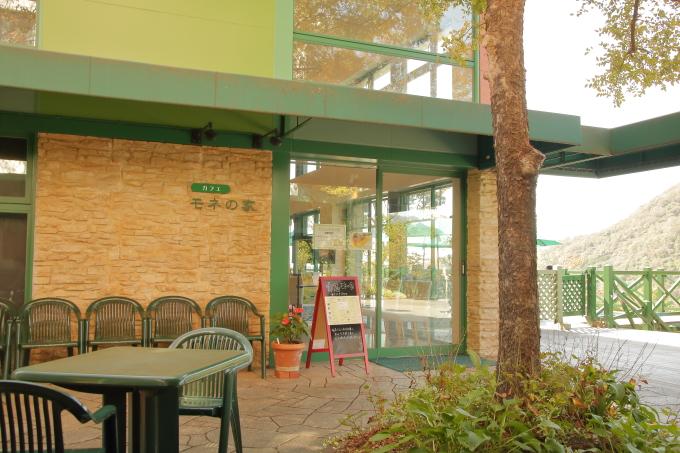 カフェ・モネの家の外観