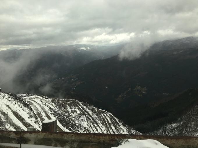 高知・大豊町の梶ヶ森周辺の雪景色