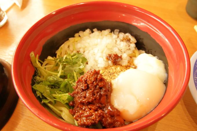 くら寿司 胡麻香る汁なし担々麺