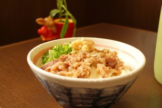 中華そば「楽」高知・南国市で徳島ラーメン風の中華そばを食べおおす