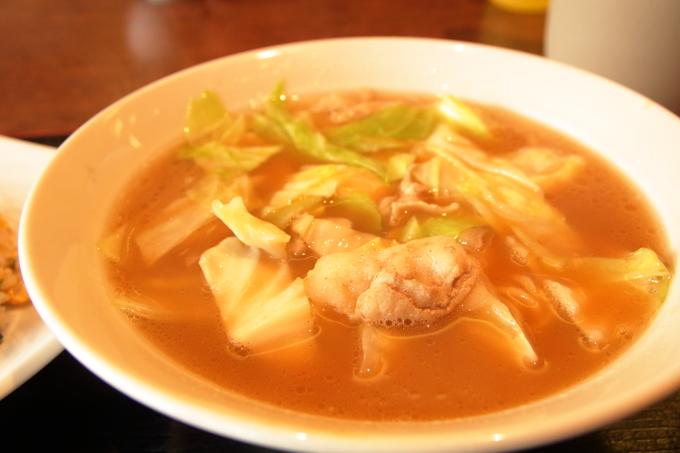 老麺館2番の豚キャベツラーメン