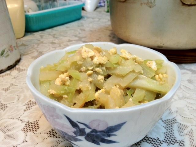 ハヤトウリ(チャーテ)の炒めもの