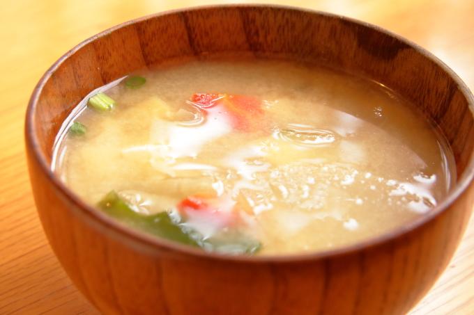 香南市のカフェ テルミツ 味噌汁
