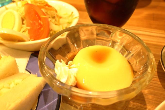 デポー京町店のランチ(デザートのプリン)