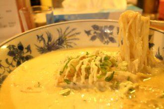 高知のB級グルメ「マヨネーズラーメン」高知市の屋台で食べる!
