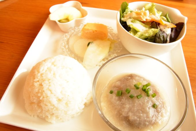 香南市のカフェ テルミツのランチ