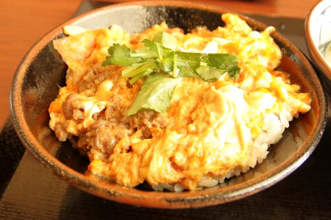 丸亀製麺 牛とじ丼