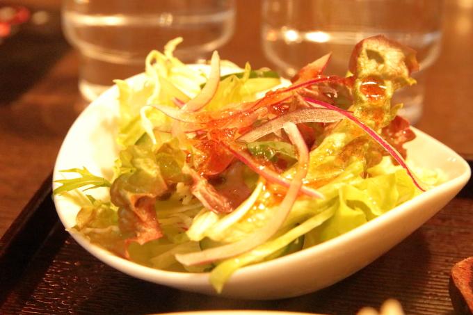 焼肉ぷるこぎ高知店 ステーキ定食のサラダ